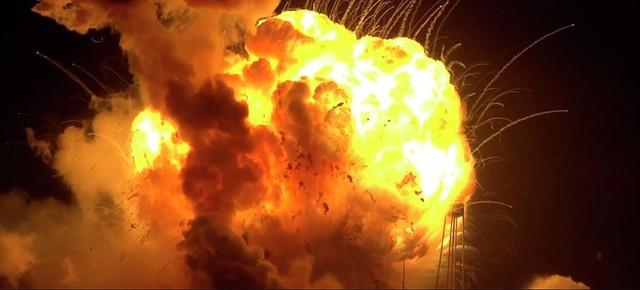 Крушение ракеты Antares в США