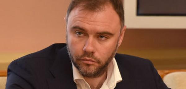 Глеб Загорий и его «Дарница» захватывает украинский фармрынок для российской власти