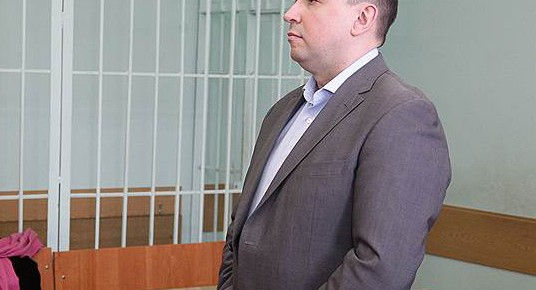 Денис Лабуза - казнить нельзя: Экс-министра пощадили за знакомство с Цукербергом