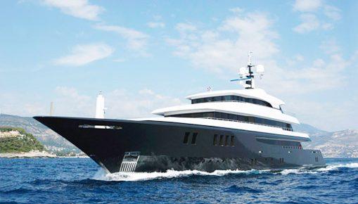 Горе-банкир Александр Мазанов решил нажиться на яхте