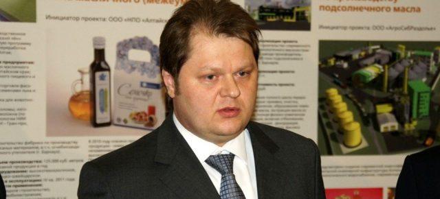 Мошенник Токарев Владимир Александрович позаботился об имидже, заместитель Министра транспорта РФ чистит интернет