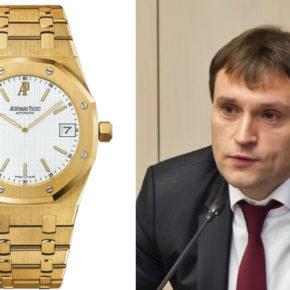 Депутат Госдумы от Подмосковья Сергей Пахомов замечен с часами стоимостью около 6 млн рублей