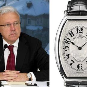 У красноярского губернатора Александра Усса нашлись часы стоимостью 2,6 млн рублей